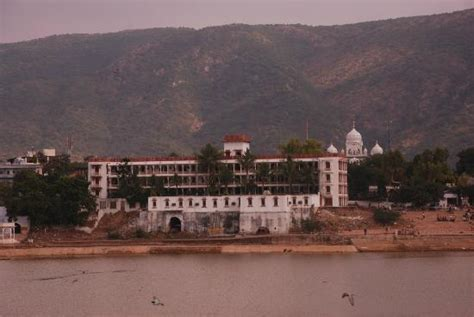 pushkar hotel deals