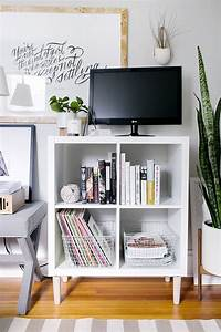 Expedit Tv Regal : 3 ways to style and use ikea 39 s kallax expedit shelf ~ A.2002-acura-tl-radio.info Haus und Dekorationen