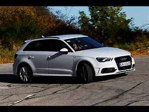 Audi A3 Sportback 2012 : new audi a3 sportback model 8v youtube ~ Medecine-chirurgie-esthetiques.com Avis de Voitures