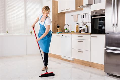 types  floors    clean
