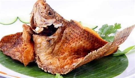Ya, disajikan dengan sambal matah. Gambar Ikan Bakar Kakap Merah - Gambar Ikan HD