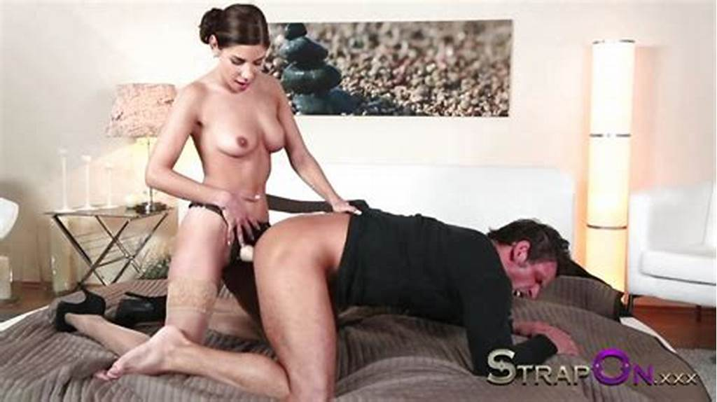 #Strapon #Rachel #Evans #Taking #Much #Delight #In #Pegging #Man