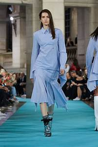 OFF-WHITE SPRING SUMMER 2017 WOMEN'S COLLECTION | The Skinny Beep