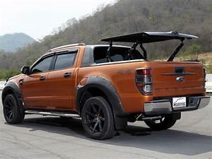 Ford Ranger Wildtrack : ford ranger d cab topup cover wildtrak kundenfotos fibertek the perfect line of fiber art ~ Dode.kayakingforconservation.com Idées de Décoration