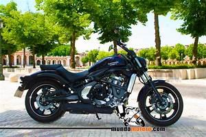 Moto Custom A2 : 10 scooters y motos para mujeres a2 125 cc motos ~ Medecine-chirurgie-esthetiques.com Avis de Voitures