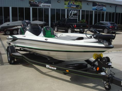 Bass Boat Interest Rates by 2017 Triton Bass Boat Tr179 For Sale Warsaw Mo