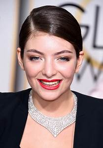 Lorde's Sleek Ponytail and Crisp Red Lips - Best Hair ...