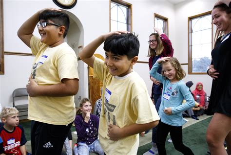 Interfaith youth group aims to build relationships - News ...