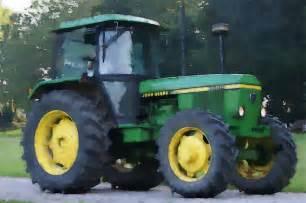 John Deere Tractor Screensavers