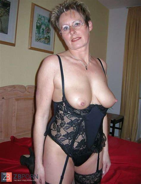 Mature Moms And Girlfriends Part Xx Zb Porn