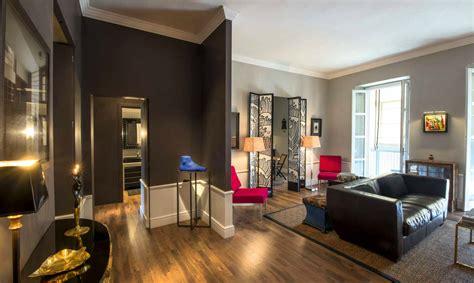 Colori Per Appartamenti Interni Ristrutturazione Di Un Appartamento Con Giochi Di Colori