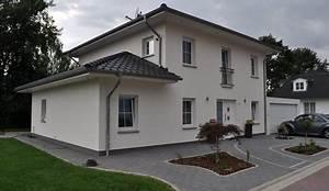 2 Geschossiges Haus : mit staffelgeschoss und doppelgarage stadtvillen in kr ppelshagen roth massivhaus ~ Frokenaadalensverden.com Haus und Dekorationen