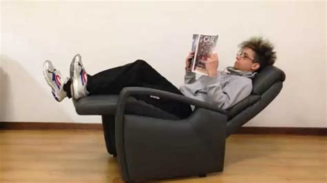 Poltrona Relax Manuale In Pelle, Test Funzionalità