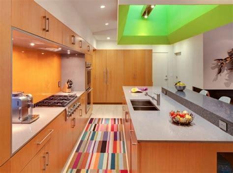 cuisine coloré tapis moderne pour la cuisine une excellente idée
