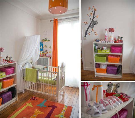 jeux de décoration de chambre de bébé une chambre de bébé blanche orange et verte du peps et