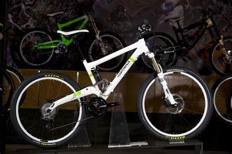 commencal    sneak peak mountain bike review