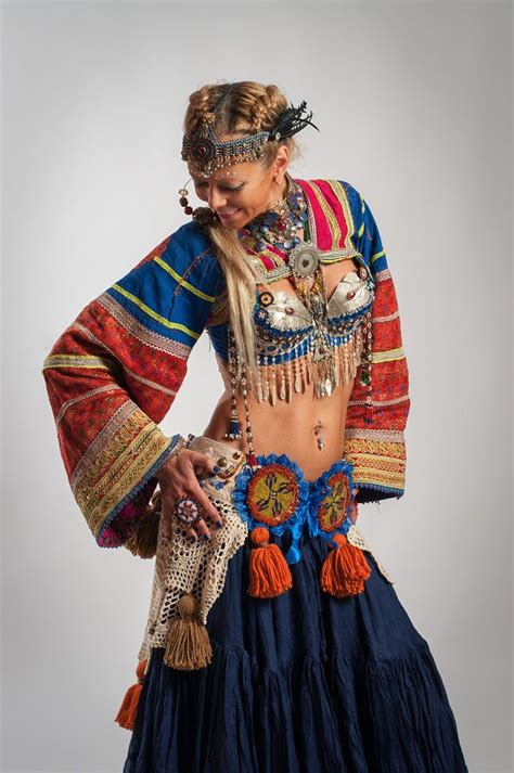 193 best images about Cinturones on Pinterest | Beaded belts Festivals and Belly dance