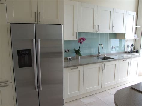 dupont corian colours a coloured glass splashback is a great way of introducing