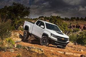 Image Chevrolet 2017 Colorado ZR2 Extended Cab Pickup White