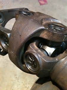 05 dodge ram 3500 spicer u joints all the way around axle front and