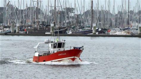 caseyeur le carr 233 d as arrive au port petit bateau de p 234 che lorient bretagne