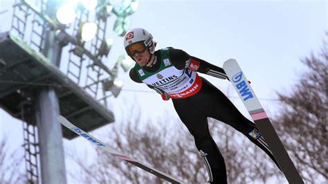Пры́жкиналы́жах ( с трампли́на ). Skispringen: Alle Termine und Ergebnisse zur Skiflug-WM ...