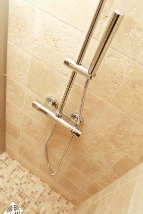 produit entretien salle de bain entretien travertin salle de bain vente et conseils d hydrofuge effet perlant conseils