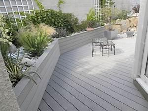 terrasse bois blanc gardecorps en composite bois barreaux With exceptional decoration jardin avec galets 18 travertin dimapco