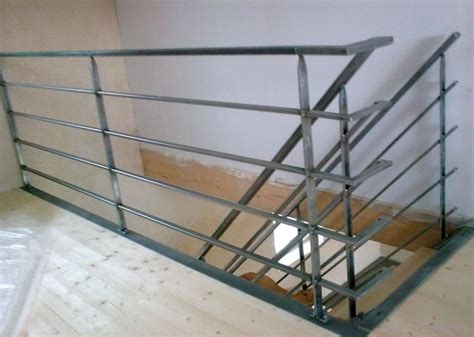 escalier et garde corps m 233 tal brut vend 233 e escaliers