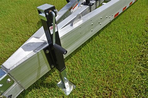 Boat Trailer Jack Placement by Evolution Trailer Technologies Inc Standard Features