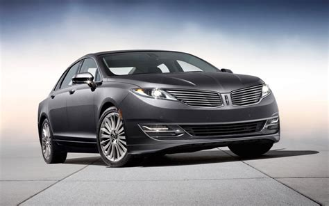 2014 Lincoln Town Car Price
