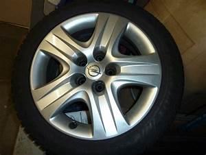Opel Insignia Winterreifen Kompletträder : 4 dunlop winterreifen 225 50 r17 opel originalfelge ~ Kayakingforconservation.com Haus und Dekorationen