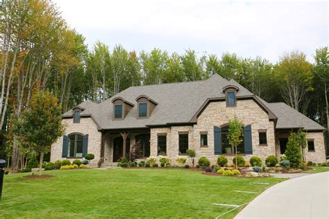 Aurora, OH   Barrington Estates Lot #8 Spec Home
