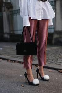 Styling Tipps 2017 : silvester outfit mit corsagen top stoffhose chanel timeless aus samt ~ Frokenaadalensverden.com Haus und Dekorationen
