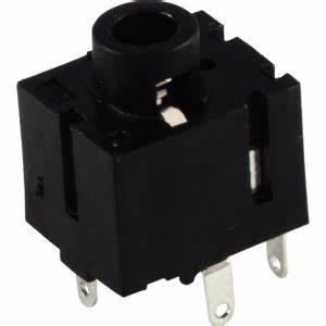 Jacks  U0026 Plugs