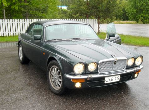 coolest jaguar xj40 view of jaguar xj 12 photos features and tuning