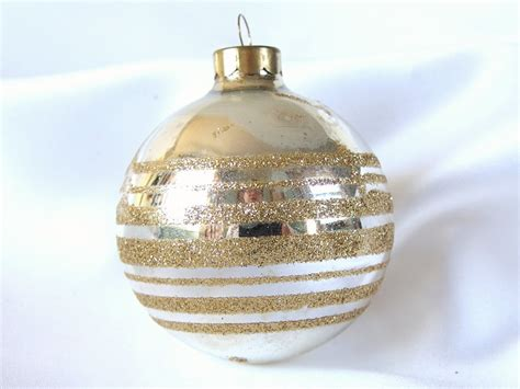 vintage gold and silver christmas ornament by bythewaysidexmas