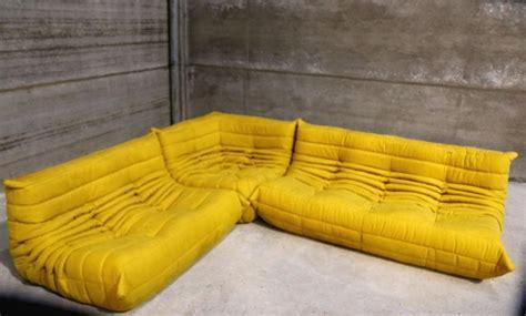 sofá togo original vintage yellow togo sofa set michel ducaroy for ligne