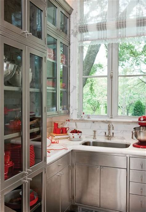 kitchen cabinets distressed 105 best images about betty lou phillips on 2973