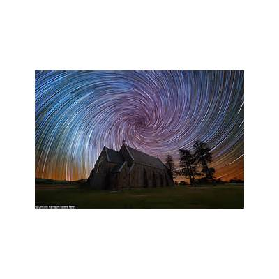 Photographer Lincoln Harris captures beautiful colours
