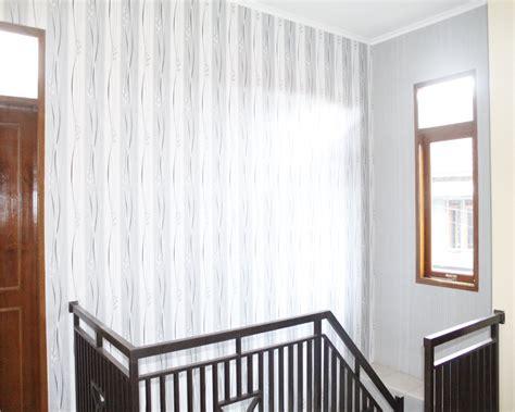 pasang wallpaper dinding bandungvinyl lantai parquet