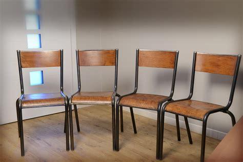 chaise d ecole rénover une chaise en bois des photos des photos de fond