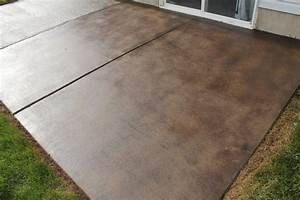 How to stain a concrete patio chris loves julia for Stained concrete patio pictures
