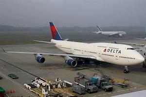 More Bad News F... Delta Air Lines