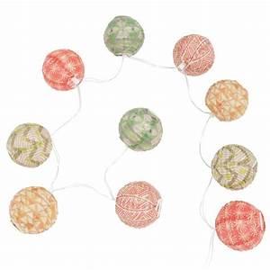 Guirlande Lumineuse Maison Du Monde : affordable guirlande lumineuse en papier color chezine with guirlande lumineuse maison du monde ~ Teatrodelosmanantiales.com Idées de Décoration