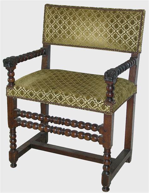 chaise louis xiii chaise à bras louis xiii epoque xviie siècle