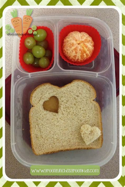 easy cing lunch ideas simple valentine lunch box idea from http www greenlunchesgreenkids com lunch ideas for