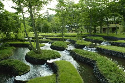 japanese backyard the ancient art of japanese gardens hoshino resorts magazine