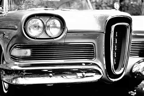 Black And White, Wheel, Headlight, Grille