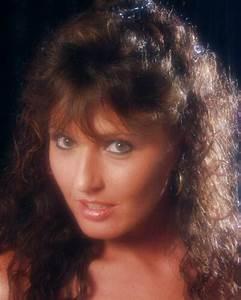 Cougar Annonce : femme cougar de 38 ans cherche jh viril pour baise plusieurs profil de c lia ~ Gottalentnigeria.com Avis de Voitures